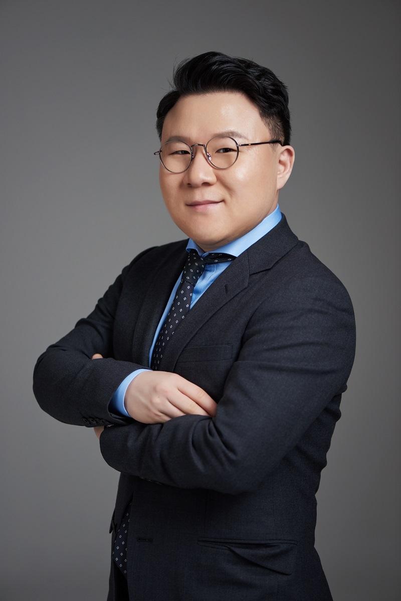 김웅(축소).jpg
